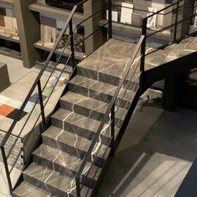 Natuursteen trap op maat